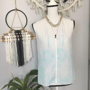 Tahari sleeveless watercolor blouse XS